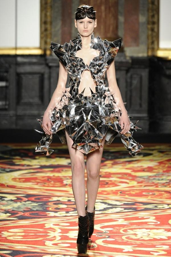Kleid Silber scharf mode