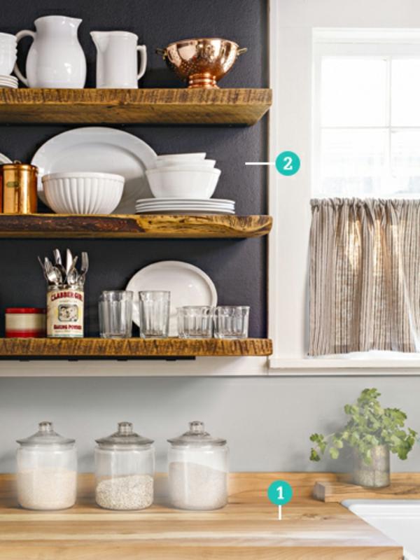 kleine küche einrichten küchenideen wand mit küchenutensilien