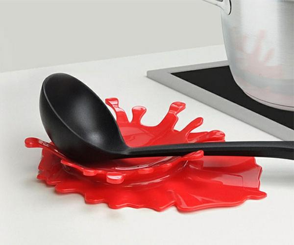 Lustige Küchenhelfer und Küchengeräte ständer