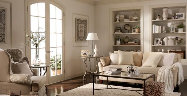 Beige Zimmereinrichtung im traditionellen Stil Couchtisch mit Leder ...