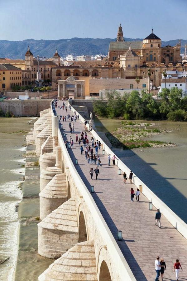 Urlaub Südspanien Cordoba Malaga brücke