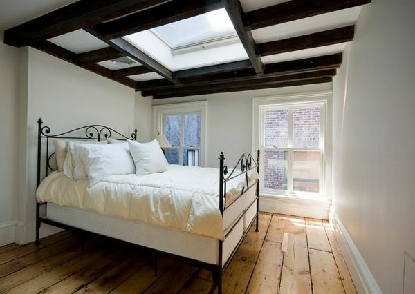 Velux Dachfenster schlafzimmer Dachflächenfenster klassisch
