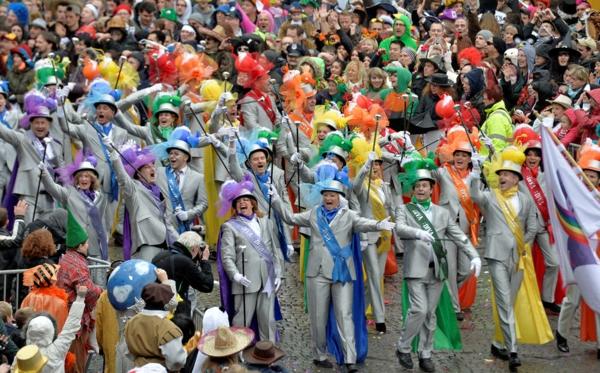 deutschland karneval ideen bunt kostüme designs