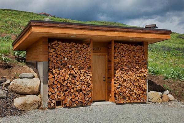 brennholz lagern bungalow außenwände