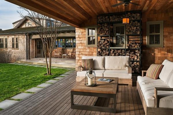 Brennholz lagern kann auch kunstvoll und sthetisch sein for Terrassen einrichtung