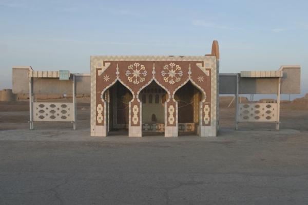 bushaltestelle tempel merv turkmenistan