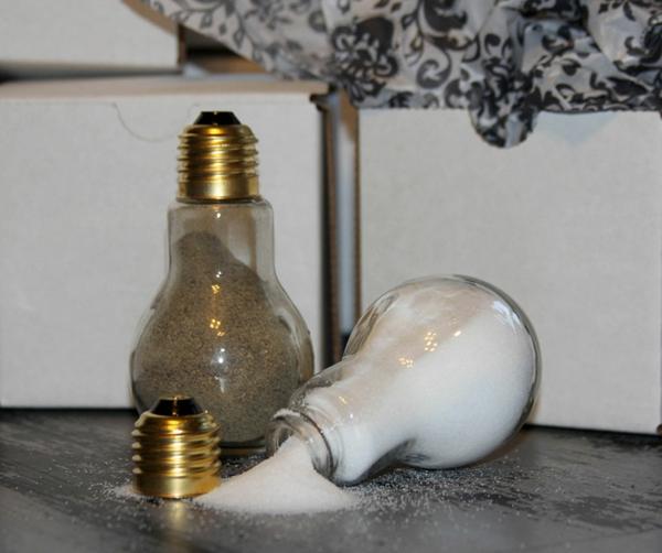 diy projekte alte glühbirnen bastelideen gewürzbecher salz und pfeffer