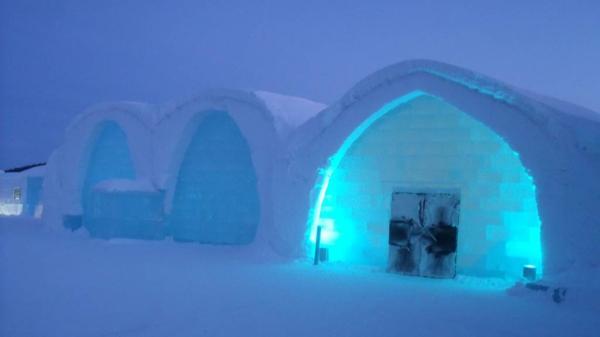 eishotel schweden faszination aus schnee und eis. Black Bedroom Furniture Sets. Home Design Ideas