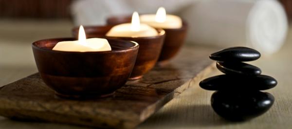 entspannungstechniken kerzen anzünden meditation entspannte atmosphäre