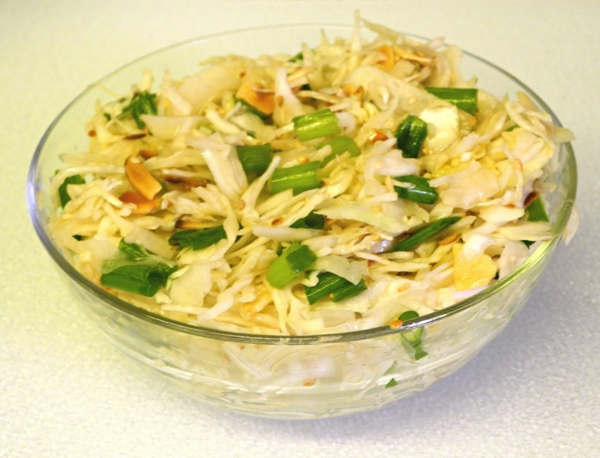kalorienarm essen kohlsalat frühlingszwiebeln