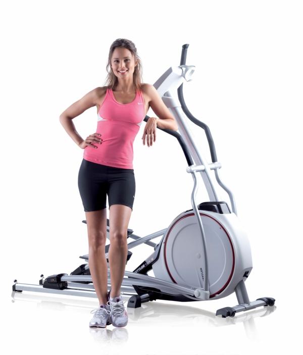 kalorienverbrauch crosstrainer fitness aktiv sportkleidung