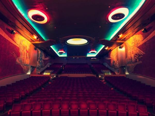 kinos weltweit modern kunst deckenbeleuchtung indirekt