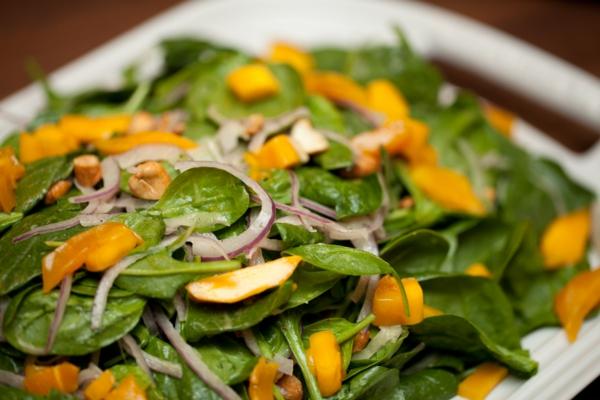 leichte gerichte spinat mango