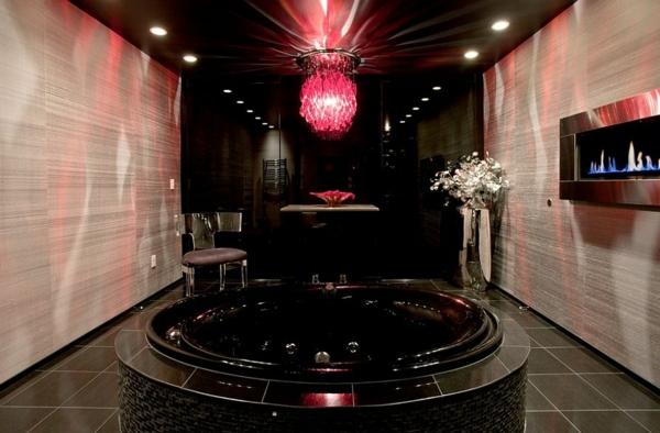 Luxus badezimmer mit whirlpool  Luxus Badezimmer in Schwarz - der neue Trend