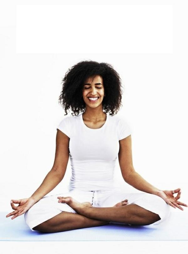 mach-mal-pause-entspannungstechniken-yoga-treiben-meditieren