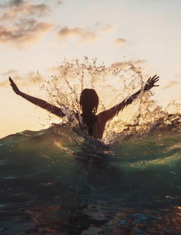 momente des glücks alltag schwimmen