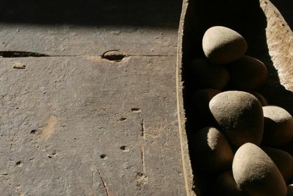 umweltfreundliches design domingos totora papier steine