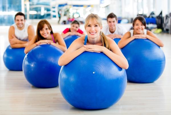 pilates Kalorien verbrauch beim Sport ball übungen