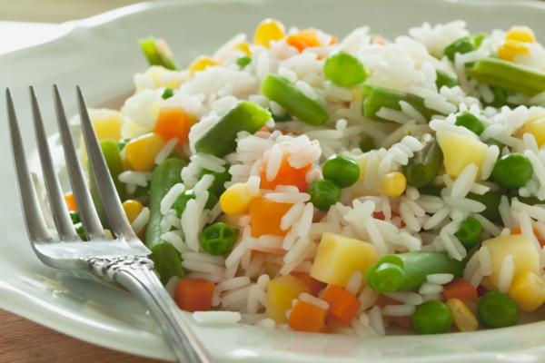 reisgerichte mit gemüse grüne bohnen karotten
