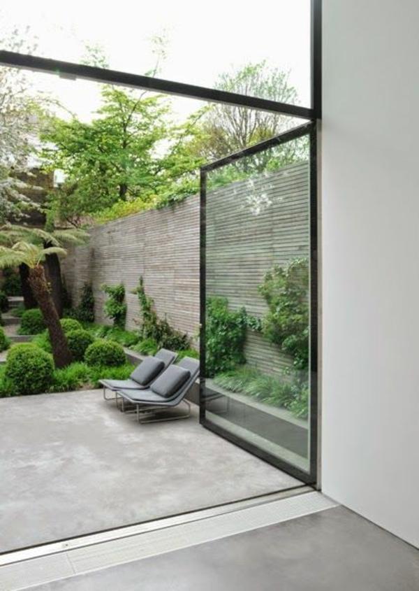 terrassembelag beton außenmöbel bambus sichtschutz