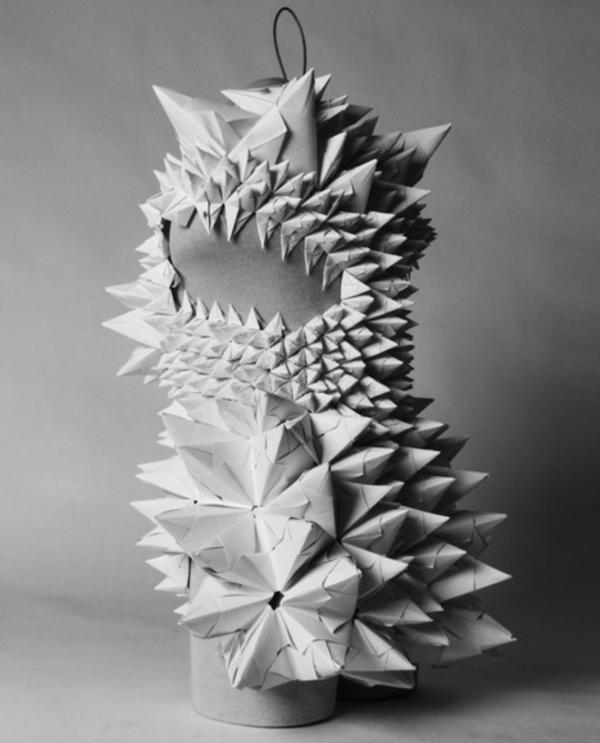 umwerfende Karneval modell Kostümideen aus Papier