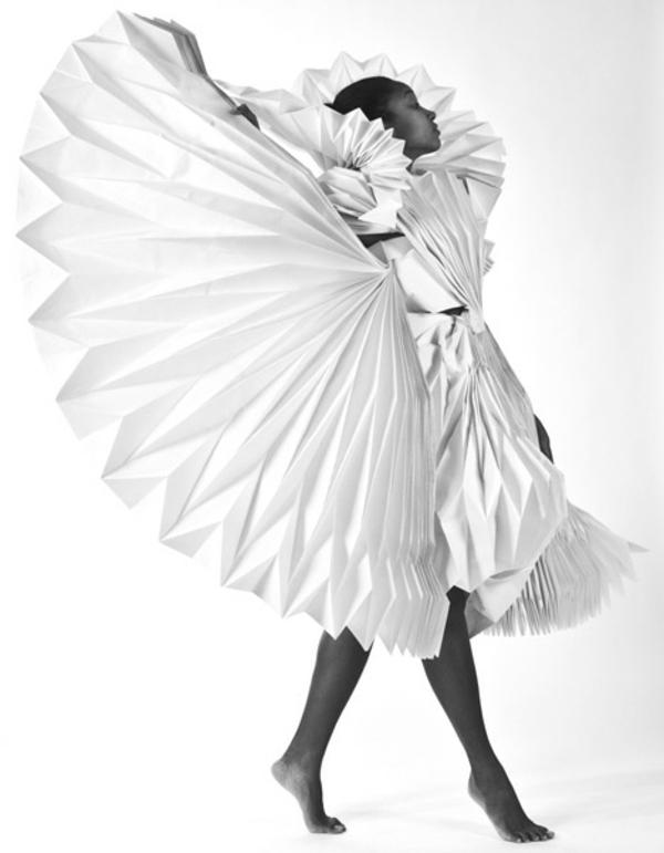 Karneval Kostümideen aus Papier Tara Keens modern