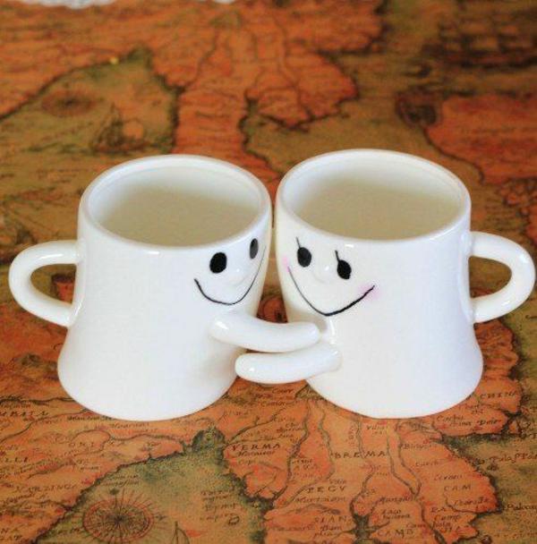 valentinstag-für-männer-teetassen-liebevoll