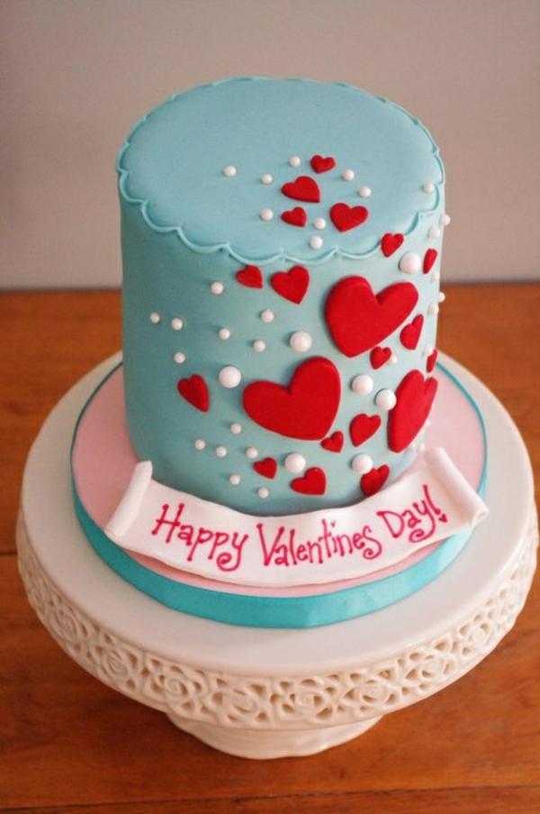 valentinstag torten glasur blau herzen
