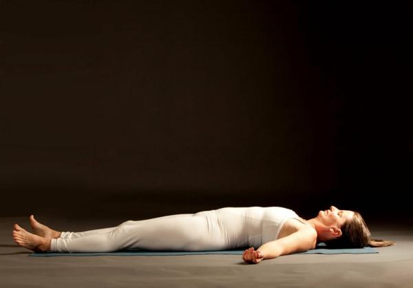 yoga entspannung savasana asana