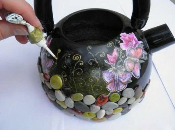 Blumentöpfe draußen basteln pflanzkübel klein schmetterling