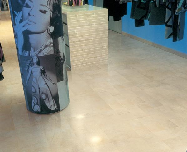 säulen design shopping center kleidungen