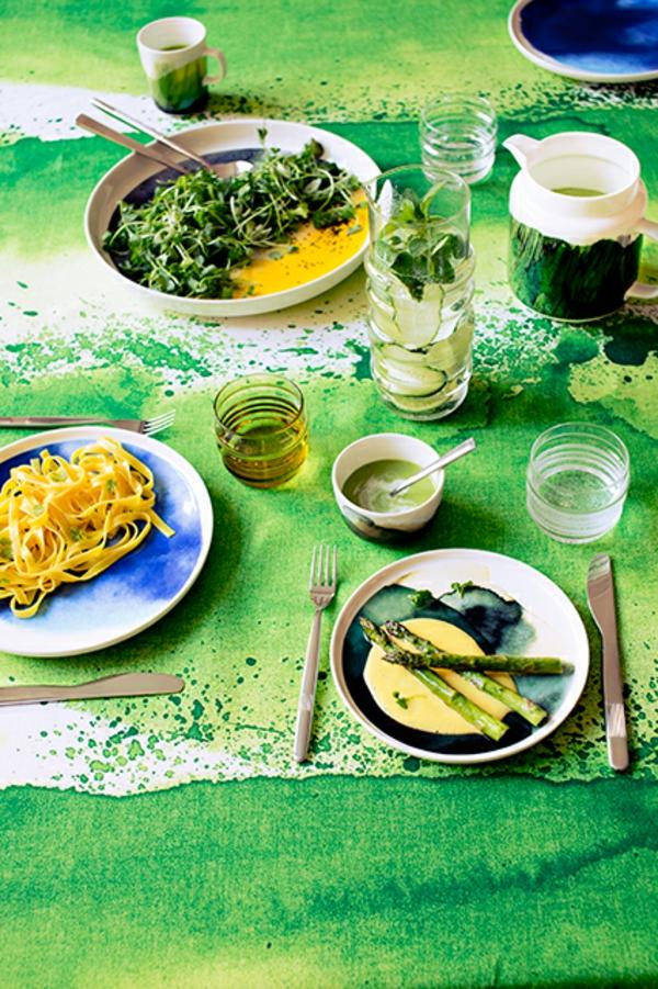 Wohnzimmer Farbideen Wohntrends Farbgestaltung grün speisen