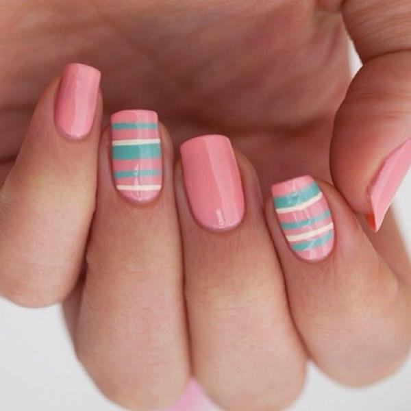 Fingernägel Design bilder streifen rosa