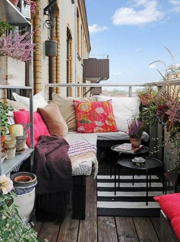 basteln kleiner balkon Frühlingsdeko gestalten kissen