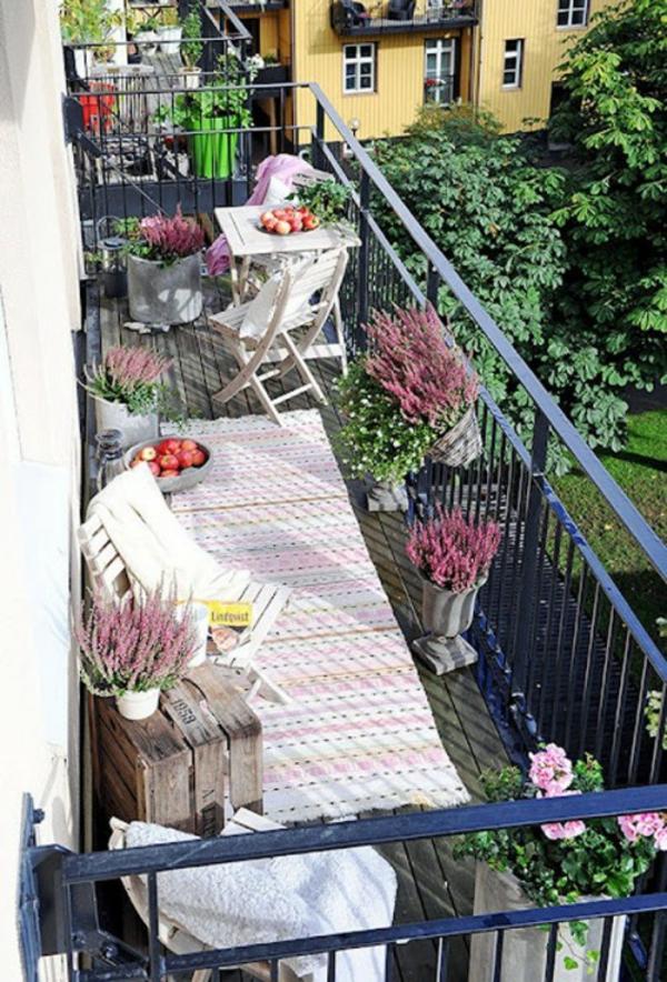 Frühlingsdeko basteln kleiner balkon gestalten kompakt