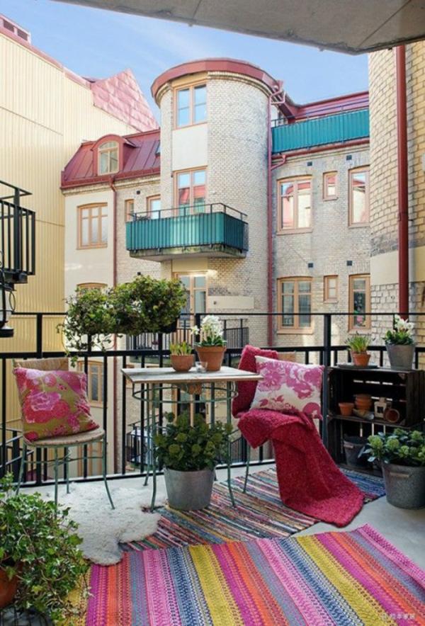 Frühlingsdeko basteln kleiner balkon gestalten läufer bunt