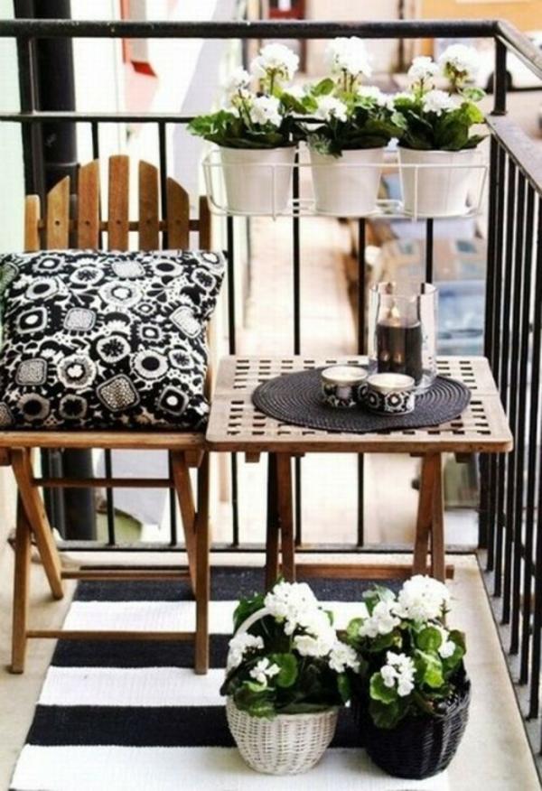 Frühlingsdeko basteln kleiner balkon gestalten schwarz weiß palette