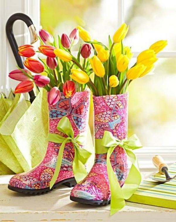 Frühlingsdeko basteln schöne Gartenideen zum Selbermachen gartenstiefel
