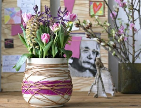 Frühlingsdeko basteln schöne Gartenideen zum Selbermachen lila