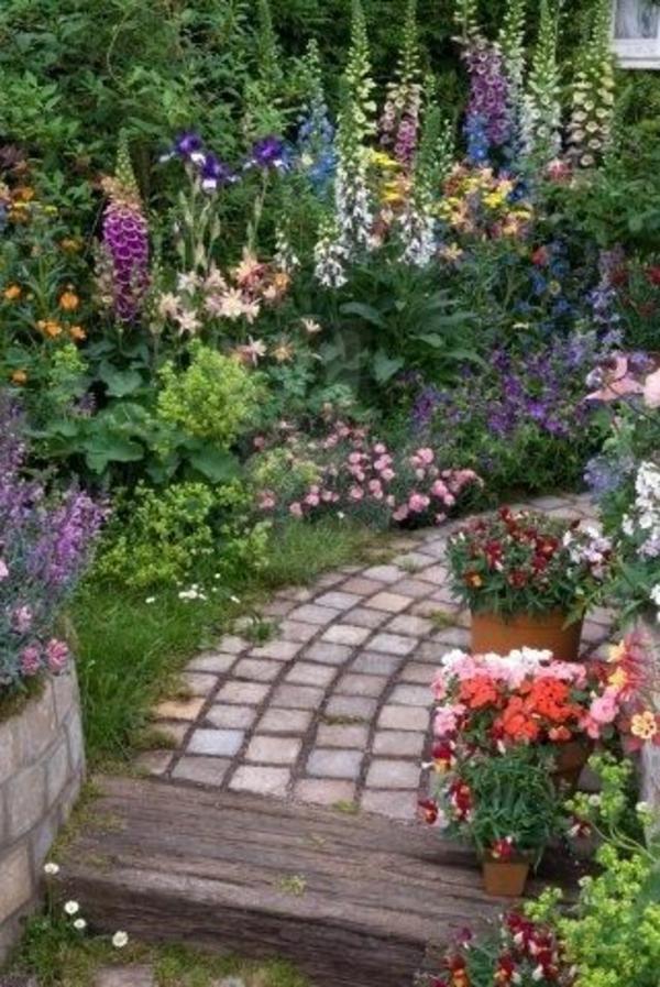 Kleiner Garten Ideen gartenideen fußweg