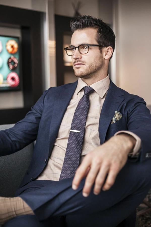 Männerhemd Herrenhemde herrenmode eleganter businessman