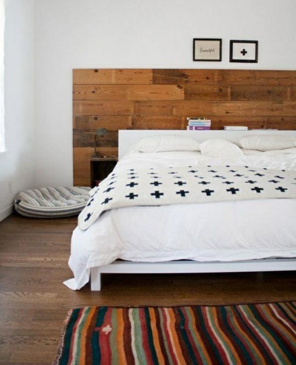 Wanddeko aus Holz schlafzimmer ideen bett kopfteil holz