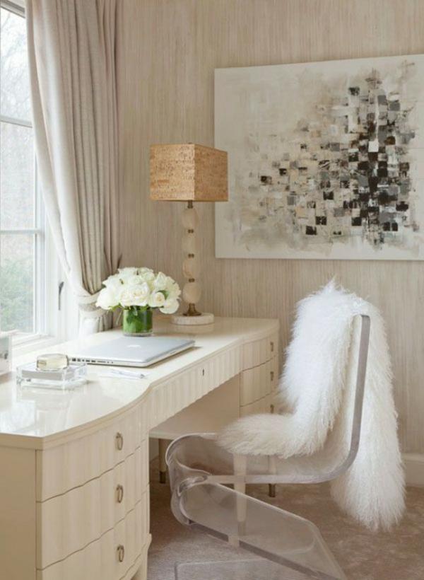 arbeitszimmer skandinavisch einrichten fellauflagen acrylstuhl skandinavische wohnaccessoires