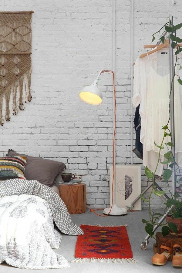 backstein tapete landhausstil ziegelwand weiß streichen
