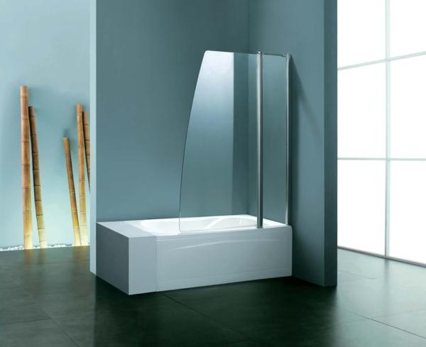 geräumiges badezimmer badewanne mit dusche tolle wandgestaltung ...