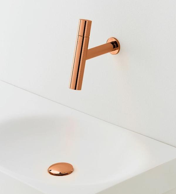 badezimmerarmatur badeinrichtung ideen armatur kupferfarbe