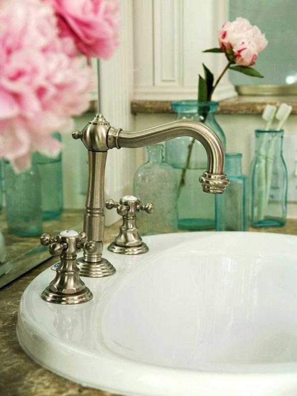 badezimmerarmatur moderne badeinrichtung ideen spültischarmatur