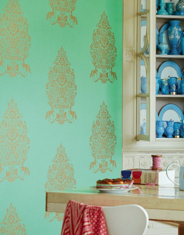 barock tapete grün goldene ornamente wandgestaltung