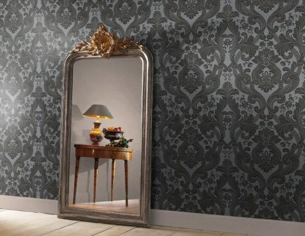 barock tapete muster stilvoll großer spiegel