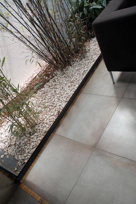 benchmark zona giorno cerdomus bodenfliesen wohnzimmer